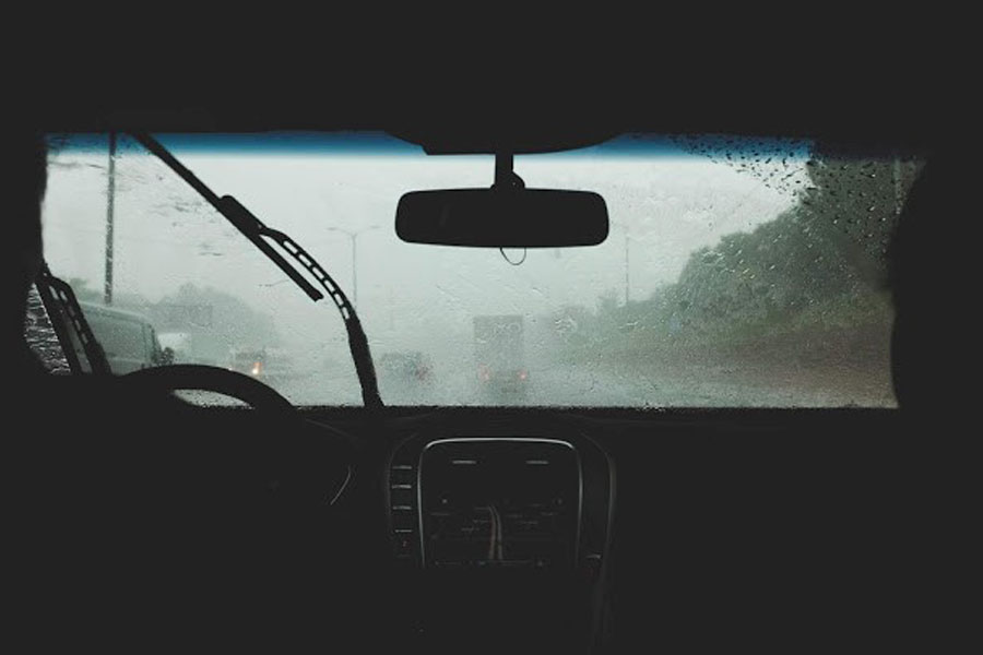 8 Safety Tips for Driving in the Rain