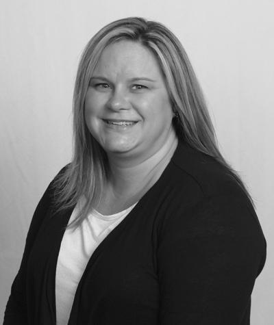Julie Humphries Queensbury Travel Agent